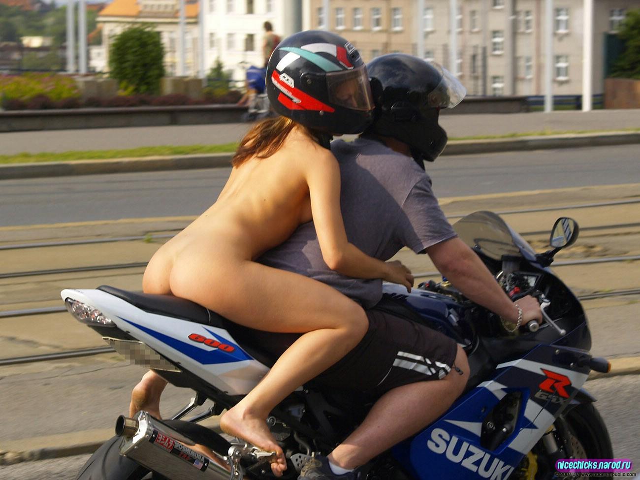 Толстуха на мотоцикле 8 фотография